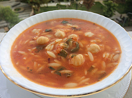 Arpa Şehriyeli Nohut Çorbası