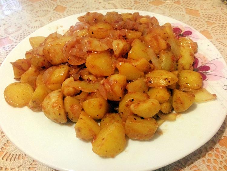 Domatesli Patates Kavurması