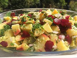 İç Bakla ve Pancarlı Patates Salatası