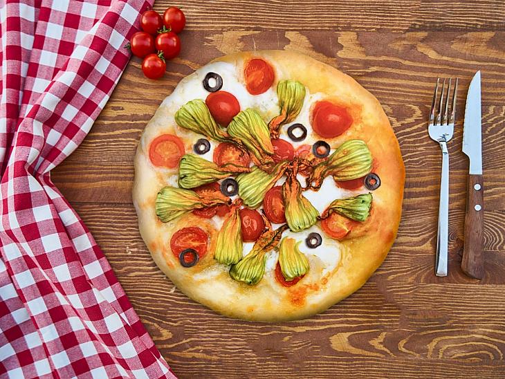 Kabak Çiçekli Pizza