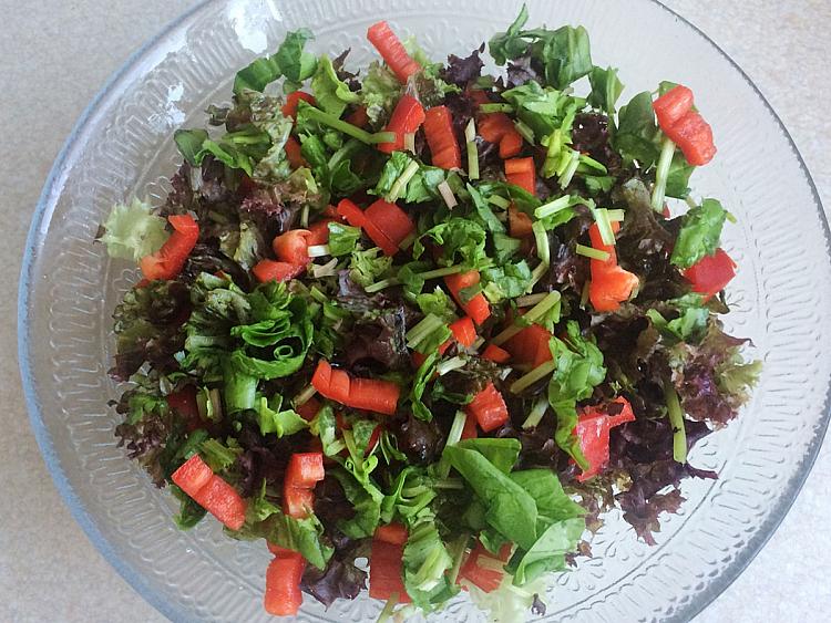 Kapya Biberli Kuzu Kulağı Salatası