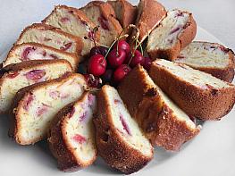 Kirazlı Kek
