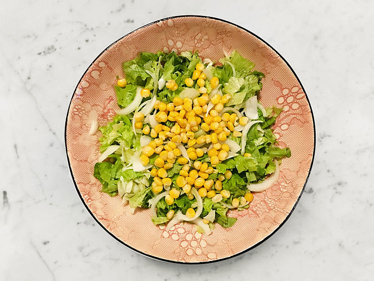 Mısırlı Salata