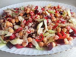 Nohutlu Kış Salatası