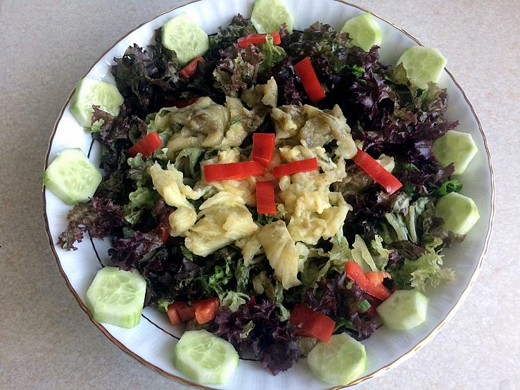 Patlıcanlı Karışık Salata