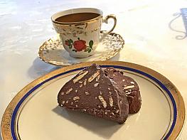 Fındıklı Piramit Pastası