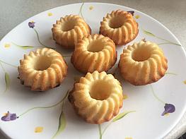 Sade Mini Kekler