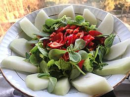 Semizotlu Alabaş (Kohlrabi) Salatası