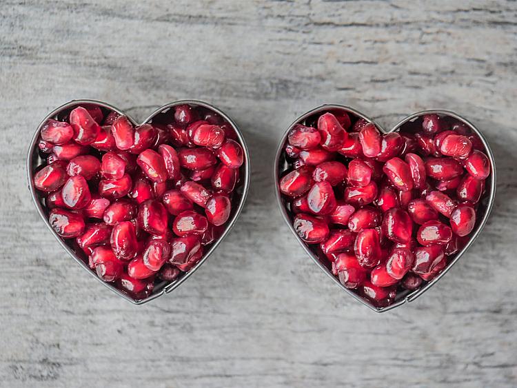 Sevgililer Günü'ne Özel Kırmızı ve Pembe Süper Besinler