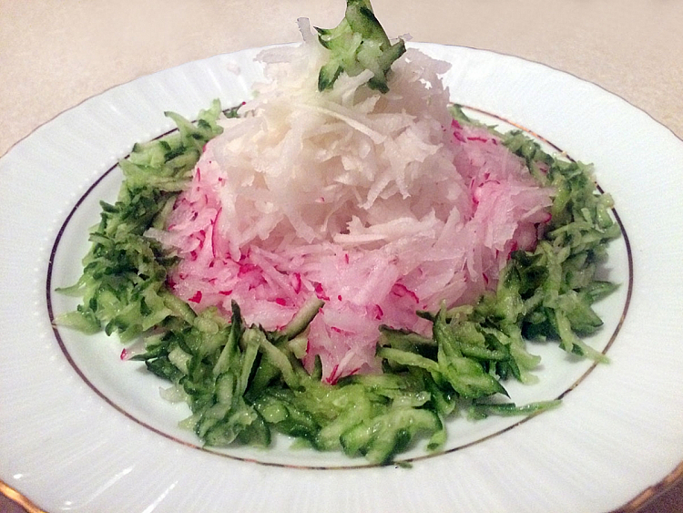 Turp Salatası