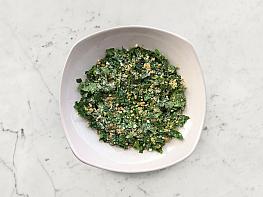Yeşil Mercimekli Ispanak Salatası