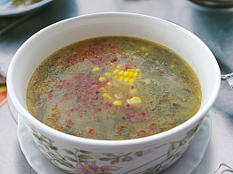 Pirinçli Kara Lahana Çorbası