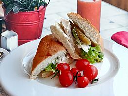 Tavuklu Soğuk Sandviç