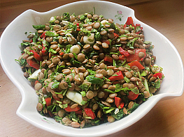 Kapya Biberli Yeşil Mercimek Salatası