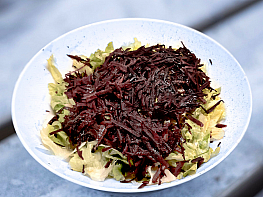 Mor Havuçlu Kıvırcık Salata