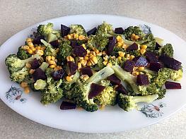 Pancar Turşulu Brokoli Salatası